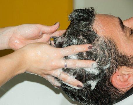 acne cosmetica shampoo
